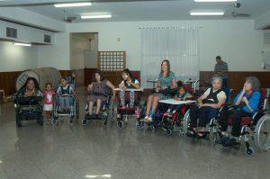 Instituto Mara Gabrilli realiza entrega de cadeira de rodas aos contemplados pela campanha 'Roda Gigante'